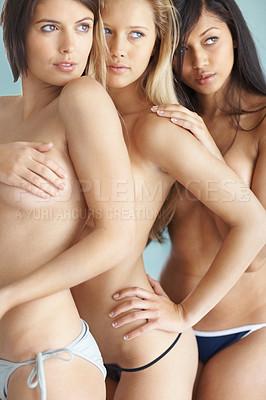 Three nude women foto 197